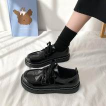 Low top shoes 35,36,37,38,39 Other / other Round head PU Flat bottom Low heel (1-3cm) Deep mouth PU Spring 2021 Frenulum Korean version Adhesive shoes Youth (18-40 years old) Solid color rubber Single shoes Cross strapping, platform PU Face dressing