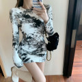 Dress Winter 2020 Khaki, black Average size Short skirt singleton  Long sleeves street Crew neck High waist other Socket routine Others 18-24 years old Type A tie-dyed 30% and below other other Europe and America