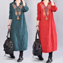 Dress Autumn of 2019 Red, green, black M [recommended below 115 kg], l [recommended 115-130 kg], XL [recommended 130-145 kg], XXL [recommended 145-160 kg] Mid length dress singleton  Long sleeves V-neck routine Other / other 31% (inclusive) - 50% (inclusive) cotton