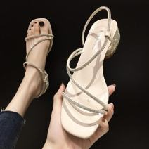 Sandals 35, 36, 37, 38, 39 Off white, yellow Patent leather Other / other Barefoot Fine heel Low heel (1-3cm) Summer 2021 Flat buckle Korean version Solid color Adhesive shoes Youth (18-40 years old) rubber banquet Back space Thick heel Low Gang Hollow PU PU 1654174F Fashion sandals Shaving