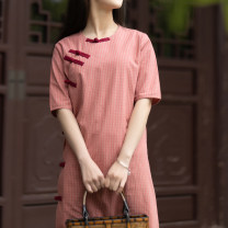 cheongsam Summer 2020 Net waist (2.2-1.8 inches) Red, green Short sleeve Single cheongsam Retro Low slit daily Oblique lapel lattice Piping Yu Xiang cotton 96% and above