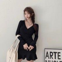 Dress Spring 2021 black Average size Short skirt singleton  Long sleeves commute V-neck High waist Solid color Socket other routine 18-24 years old Korean version 51% (inclusive) - 70% (inclusive) knitting polyester fiber