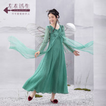 Dress Spring 2021 Landscape green S M L XL longuette Fake two pieces Long sleeves V-neck middle-waisted Socket Big swing routine 30-34 years old Type A A life on the left Pocket stitching More than 95% hemp Flax 100%