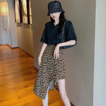 Fashion suit Summer 2021 Average size T-shirt, leopard skirt 18-25 years old Four point nine