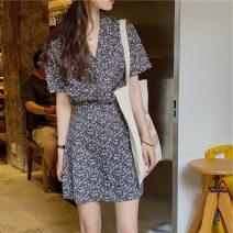 Women's large Summer 2021 Black floral shirt + skirt M (90-100kg), l (100-115kg), XL (115-130kg), 2XL (130-145kg) for 45 days, 3XL (145-160kg), 4XL (160-175kg) Dress Two piece set commute easy moderate Socket Short sleeve Broken flowers Korean version V-neck routine polyester fiber routine HC2895