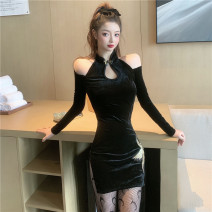 Dress Winter 2020 black S,M,L Short skirt singleton  Long sleeves commute Polo collar middle-waisted Solid color zipper Others 18-24 years old Retro 31% (inclusive) - 50% (inclusive) other polyester fiber