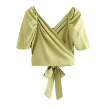 shirt White [87807], grass green [87807] S,M,L Spring 2020 cotton 81% (inclusive) - 90% (inclusive) Short sleeve street Short style (40cm < length ≤ 50cm) V-neck Frenulum puff sleeve Solid color w1912352020c Europe and America