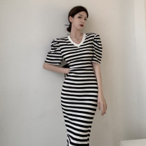 Dress Summer 2021 Black, black and white stripes Average size longuette singleton  Short sleeve commute V-neck puff sleeve 18-24 years old Korean version 9368# 31% (inclusive) - 50% (inclusive)