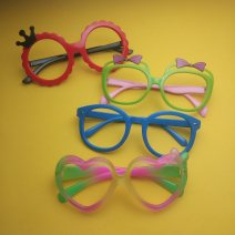Sunglasses 345 black, 345 red, 345 cyan, 345 blue, 345 plum red, 323 black, 323 pink, 323 red, 323 purple, 323 blue, 323 cyan, 323 yellow, 347 black, 347 watermelon red, 347 red, 347 army green, 347 pink, 320 blue pink, 320 white green, 320 red purple, 320 plum red purple, 320 plum red blue, 320 pink
