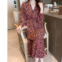 Dress Spring 2021 Pink, blue M [90-100 Jin], l [100-115 Jin], XL [115-130 Jin], 2XL [130-150 Jin], 3XL [150-170 Jin], 4XL [170-200 Jin] longuette singleton  Long sleeves commute V-neck High waist Decor Socket Ruffle Skirt routine Type A Retro 71% (inclusive) - 80% (inclusive) Chiffon