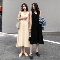 Dress Spring 2021 Apricot, black Average size Mid length dress singleton  Sleeveless commute V-neck High waist Solid color Socket A-line skirt routine camisole 18-24 years old Type A Korean version 31% (inclusive) - 50% (inclusive) knitting other