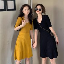 Dress Spring 2021 Yellow, black M, L Short skirt singleton  Short sleeve commute V-neck High waist Solid color Socket A-line skirt routine Others 18-24 years old Korean version 31% (inclusive) - 50% (inclusive) knitting other