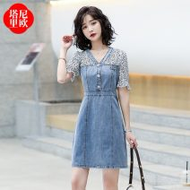 Dress Summer 2021 Picture color S M L XL Mid length dress singleton  Short sleeve commute V-neck High waist Solid color Socket A-line skirt routine 30-34 years old Type A La'terraneo / talineo Splicing LAX6092 More than 95% Denim polyester fiber Polyester 100%