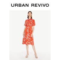 Dress Autumn of 2019 Red print green print S XL XS L M XXL Mid length dress Short sleeve 25-29 years old UR WE32R7AF2000 More than 95% other Viscose (viscose) 100% Same model in shopping mall (sold online and offline)
