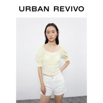 shirt Light yellow S XL XS L M XXL Summer 2020 polyester fiber 51% (inclusive) - 70% (inclusive) Short sleeve Original design Short style (40cm < length ≤ 50cm) square neck Solid color 25-29 years old UR WH17S2CE2009 Same model in shopping mall (sold online and offline)