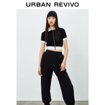 Wool knitwear Summer 2021 S XL L M Polychromatic black Short sleeve Viscose 51% (inclusive) - 70% (inclusive) Regular YV12R9BN2000 25-29 years old UR Viscose (viscose) 63% polyamide (nylon) 37% Same model in shopping mall (sold online and offline)