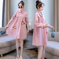 Dress Charming pregnant posture Blue Pink Blue + light gray pregnant women's pants pink + light gray pregnant women's pants M L XL XXL Korean version Long sleeves Medium length spring square neck Animal design Pure cotton (95% and above)