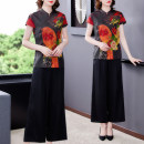 Middle aged and old women's wear Summer 2021 Red, decor, orange, black, coffee, blue, red, green, decor 1, decor 2, decor 3 L,XL,2XL,3XL,4XL commute suit easy Two piece set Broken flowers 40-49 years old Socket thin stand collar routine routine Other / other silk 51% (inclusive) - 70% (inclusive)