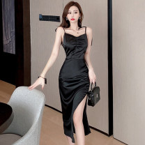 Dress Summer 2021 Apricot black S M L longuette singleton  Sleeveless commute V-neck High waist Solid color zipper One pace skirt routine camisole 25-29 years old Xin Yuxuan Korean version zipper More than 95% brocade polyester fiber Other polyester 95% 5% Pure e-commerce (online only)