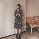 Dress Spring 2020 Long dress short dress S M L XL Mid length dress singleton  Long sleeves commute V-neck High waist Broken flowers Socket A-line skirt routine Others 18-24 years old Type A Ouximo Korean version OCFT42982 More than 95% other Other 100% Pure e-commerce (online only)