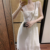 Dress Summer 2020 white S M L XL Short skirt other Sleeveless commute One word collar High waist Solid color Socket A-line skirt routine Others 18-24 years old Type A Yan Xiangfei lady A4687 71% (inclusive) - 80% (inclusive) polyester fiber Polyester 80% other 20% Pure e-commerce (online only)