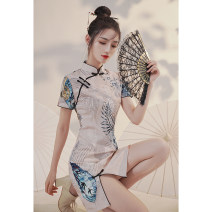 cheongsam Autumn 2020 S M L XL XXL White fan and flower Short sleeve Short cheongsam Retro Low slit daily Round lapel other 18-25 years old Piping XX306 Xijixiyu / xiju Xiyu other Other 100% Pure e-commerce (online only) 96% and above