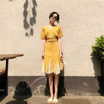 Dress Summer 2021 yellow S,M,L,XL,2XL Short sleeve V-neck Solid color routine 18-24 years old 31% (inclusive) - 50% (inclusive) cotton