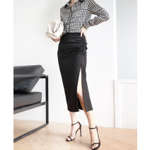skirt Spring 2020 M L XL black Mid length dress commute Natural waist skirt Solid color Type H 30-34 years old EP1010 30% and below Magic sleeve polyester fiber Pleating Ol style Polyester 30% other 70% Pure e-commerce (online only)