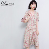 Dress Summer 2021 Red and black S M L XL 2XL Mid length dress singleton  Short sleeve commute V-neck High waist Broken flowers Socket A-line skirt routine Others 25-29 years old Type A Alone Korean version Ruffle printing More than 95% other Other 100% Pure e-commerce (online only)