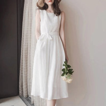Dress Spring 2021 white S M L XL Mid length dress singleton  Sleeveless commute Crew neck High waist Solid color zipper A-line skirt Others 30-34 years old Type A Light and gentle Korean version Three dimensional decorative zipper with bow tie stitching 81% (inclusive) - 90% (inclusive) Chiffon