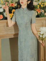 cheongsam Summer 2021 S M L XL Greyish green Short sleeve long cheongsam grace Low slit daily Oblique lapel Solid color Over 35 years old Embroidery W26Q32104 Light and gentle Cellulose acetate Acetate fiber (acetate fiber) 80% Lyocell fiber (Lyocell) 20% Pure e-commerce (online only)