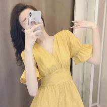 Dress Summer 2021 yellow S M L XL Middle-skirt Short sleeve commute 18-24 years old Yziyni / izzini Korean version More than 95% other Other 100% Same model in shopping mall (sold online and offline)