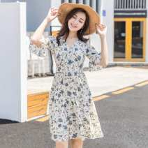 Dress Summer of 2019 Milky white, khaki, black, [3 colors, 5 yards, a large number of goods in stock on the same day, this is a domestic model, support one-piece delivery, need to S,M,L,XL,2XL Mid length dress singleton  Short sleeve Sweet V-neck middle-waisted Decor Socket Big swing SeinGTon D822