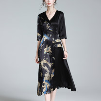 Dress Summer 2021 black S M L XL 2XL 3XL 4XL longuette singleton  elbow sleeve commute V-neck middle-waisted Decor Socket A-line skirt routine Others 30-34 years old Zedai brand Button printing K-LYQ1352- More than 95% silk Silk 95% polyurethane elastic fiber (spandex) 5%
