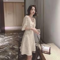 Women's large Korean version raglan sleeve Medium and long term Button Summer 2020 commute singleton  elbow sleeve V-neck Dot 81% (inclusive) - 90% (inclusive) Large XL, large L, m, s Apricot