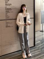 Wool knitwear Autumn 2020 Average size R58-e-off white, r19-k-navy Long sleeves singleton  Cardigan other 30% and below Regular routine commute easy V-neck routine Color matching Single breasted Korean version K63378 18-24 years old Other Pocket, button