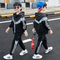 suit Other / other black 120cm,130cm,140cm,150cm,160cm,170cm male spring and autumn motion Long sleeve + pants 2 pieces routine There are models in the real shooting Zipper shirt No detachable cap stripe children Expression of love Genuine products in the counter Chinese Mainland