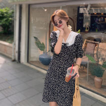 Dress Autumn 2020 black S,M,L Middle-skirt singleton  Long sleeves commute V-neck High waist Broken flowers Socket A-line skirt puff sleeve Others 18-24 years old Type A Other / other Korean version Splicing LYQ0289 91% (inclusive) - 95% (inclusive) other polyester fiber