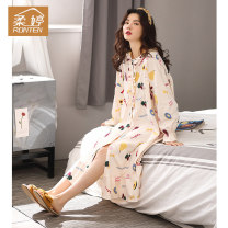 Nightdress Ronten / routing 02610 pink 7678 6668 6686 6650 160(M) 165(L) 170(XL) Sweet Long sleeves Leisure home longuette autumn Cartoon animation youth Crew neck cotton printing More than 95% pure cotton Autumn 2020 Cotton 100% Same model in shopping mall (sold online and offline)