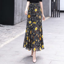 skirt Winter 2016 2XL,XL,L,M,S Black, yellow longuette commute High waist skirt Broken flowers Type A 35-39 years old 30% and below Chiffon Other / other polyester fiber Retro 61G / m ^ 2 (including) - 80g / m ^ 2 (including)