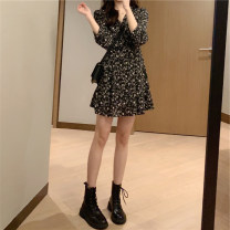 Dress Autumn 2020 Black floral skirt suit coat S M L XL Short skirt singleton  Long sleeves commute V-neck High waist Broken flowers Socket A-line skirt routine Others 18-24 years old Type A Jianyuan Korean version C7N7463_ More than 95% other Other 100% Pure e-commerce (online only)