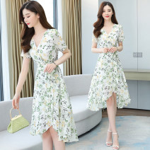Dress Summer 2021 white M,L,XL,2XL,3XL Miniskirt singleton  Short sleeve commute V-neck High waist Broken flowers Socket Irregular skirt routine Others 35-39 years old Type A Korean version Frenulum 8332# 31% (inclusive) - 50% (inclusive) Chiffon polyester fiber