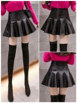 skirt Autumn 2020 S,M,L,XL,2XL black Short skirt Versatile High waist Fluffy skirt Solid color Type A 18-24 years old 0820-11 More than 95% other Other / other other