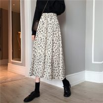 skirt Autumn 2020 Average size N51-i-white, p49-g-black longuette commute High waist A-line skirt Broken flowers Type A 18-24 years old S67197 71% (inclusive) - 80% (inclusive) Other / other polyester fiber Korean version