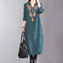 Dress Autumn 2020 Red, green, black M suggests less than 115 kg, l suggests 115-130 kg, XL suggests 130-145 kg, XXL suggests 146-160 kg Mid length dress singleton  Long sleeves commute stand collar Loose waist Decor Socket A-line skirt routine Type A ethnic style Embroidery other cotton