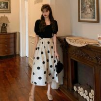Fashion suit Summer 2021 S. M, average size Black knit top, apricot polka dot skirt 18-25 years old 4-8