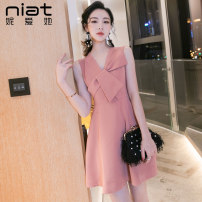 Dress Summer of 2019 S M L XL Short skirt singleton  Sleeveless commute V-neck High waist Solid color zipper A-line skirt routine Others 25-29 years old NIAT Zipper resin fixation 91% (inclusive) - 95% (inclusive) polyester fiber Polyester fiber 93.4% polyurethane elastic fiber (spandex) 6.6%
