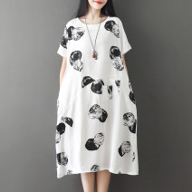 Dress Summer of 2019 Black red L XL 2XL Mid length dress singleton  Short sleeve commute Crew neck Loose waist Dot Socket A-line skirt routine Others 25-29 years old Yilanmei literature printing YLM19XL115566 More than 95% other other Other 100% Pure e-commerce (online only)