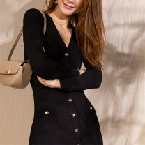 Dress Spring 2021 black 1 / s, 2 / m, 3 / L longuette singleton  Long sleeves commute V-neck High waist Solid color Single breasted Big swing routine Others 25-29 years old Type A SANDRO TEAM sfpro01231 31% (inclusive) - 50% (inclusive) other other