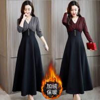 Dress Winter 2020 Black [regular], red [regular], black [Plush], red [Plush] M [suggested 90-100 kg], l [suggested 101-110 kg], XL [suggested 111-125 kg], 2XL [suggested 126-140 kg], 3XL [suggested 141-155 kg], 4XL [suggested 156-170 kg], 5XL [suggested 171-190 kg] longuette Fake two pieces commute